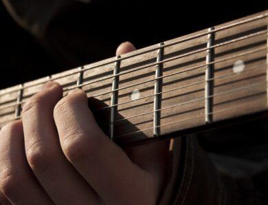 L'arpège demi-diminué en 2 notes par cordes